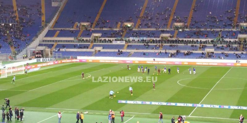 03022016 Lazio Napoli riscaldamento 00