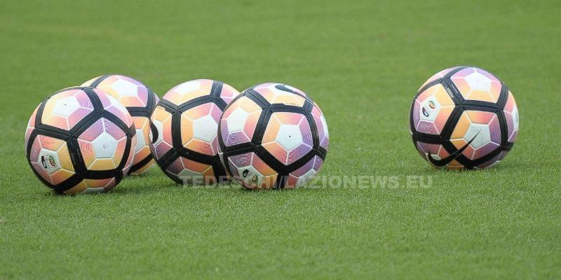 2882016 lazio-juventus pallone serie a